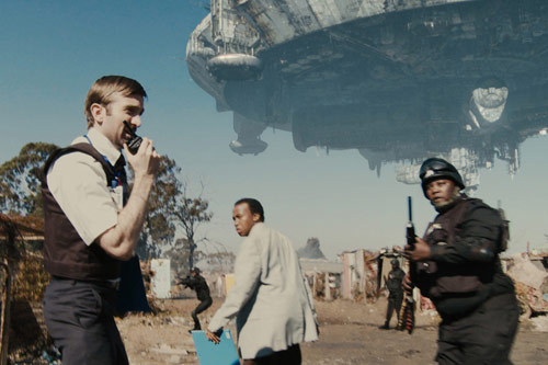 『徳光アナが「南アフリカに謎の飛行物体が登場」と緊急ニュースを伝える?』