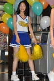 『エイベックス期待の新人アイドル13人が、チアガール姿でファンをおもてなし!』