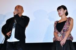 『「話が違う!」竹中直人と佐藤寛子のベッドシーン秘話を石井監督が暴露!』