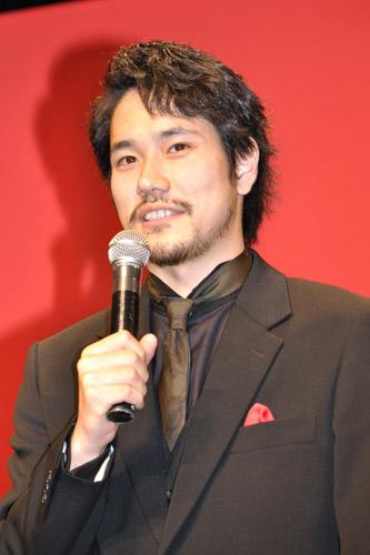 『気合い十分過ぎる玉山鉄二に松山ケンイチ、菊地凛子がバカ受け!』