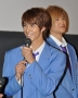 『BL映画『タクミくん』初日舞台挨拶で新旧の2カップルが仲の良さ自慢!』