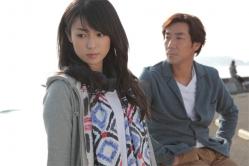 『深田恭子と岸谷五朗が禁断の恋に溺れていく映画『夜明けの街で』主題歌に久保田利伸』