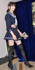 『加藤夏希がヘソだしセーラ服コスプレで、セクシーな大人の魅力を披露!』