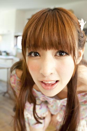 『初主演作の公開を控えた正統派美少女・日南響子が17歳のグラマラスボディを披露!』