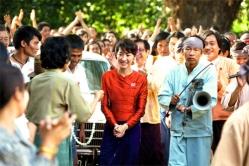 『ミャンマー民主化指導者アウンサウンスーチーの半生を描いた映画の予告編が解禁!』