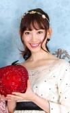 『AKB48小嶋陽菜が超ミニワンピから白雪姫ドレスに大変身するテレビCM解禁!』