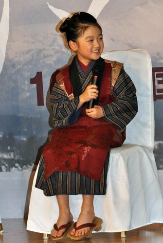 『映画『おしん』で上戸彩がおしんの母に。おしん役はリンゴほっぺの新星・濱田ここね』
