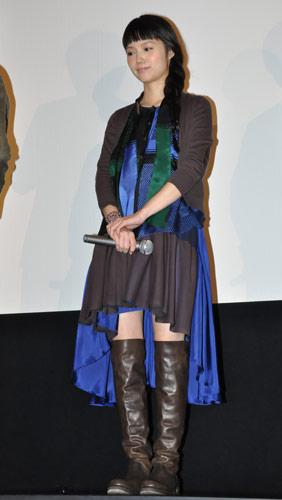 『宮崎あおい、毒のある真面目さが好きだと共演者についてコメント/『舟を編む』舞台挨拶』