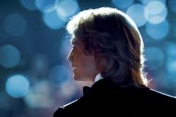 『名曲『マイ・ウェイ』を作ったスーパースターのベストアルバムが大手2社から異例の発売』