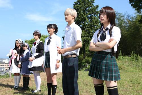 『北乃きい『僕は友達が少ない』で着用した制服のスカート丈は38cmの超ミニ!』