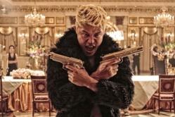 『叶美香がワイングラス片手に銃をぶっ放す!  刺激的すぎる『TOKYO TRIBE』特報公開』