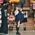 『ミニスカ制服姿の宮原華音がハイキックでスカートひらり。商売繁盛と映画のヒット願う!』