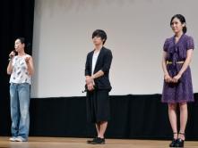 『河瀬直美監督「奄美大島は自分のルーツ、胸がいっぱい」と万感の思いを胸に舞台挨拶』