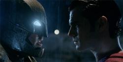 『バットマンとスーパーマンのバトルシーンも初公開!特別映像解禁』