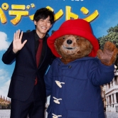 『クマ役の吹替えに挑戦の松坂桃李「クマといえば有吉さん」と気兼ね!?』