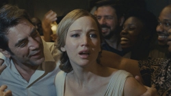 『米スタジオの意向でジェニファー・ローレンス主演『マザー!』の公開中止』