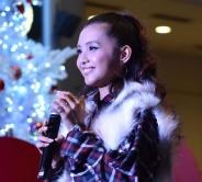 『Beverly、横浜でクリスマスツリー点灯式に出演!』