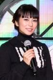 『柴咲コウが渋谷ヒカリエでクリスマスツリー点灯式に出席!』