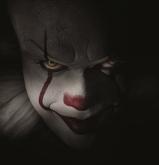 『ホラー映画新記録を樹立の『IT』。不気味すぎるピエロで3億ドル超の大ヒットに』