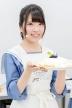 『STU48メンバーが制服にエプロン姿でパンケーキ作りに挑戦!』