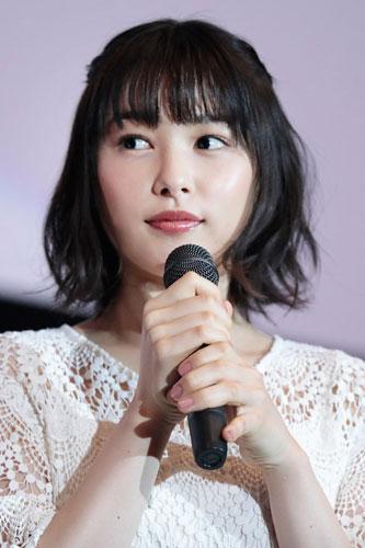 『桜井日奈子「どえらい嬉しいがね」と照れながら名古屋弁で挨拶』