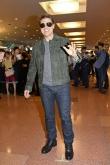 『トム・クルーズ来日に空港で待ちわびたファン1000人が熱狂!』