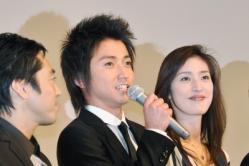 『「カイジ」舞台挨拶で、天海祐希が婚期について一発逆転発言!?』