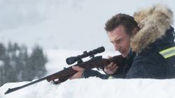 『リーアム・ニーソン、除雪車を駆使して復讐の鬼に!最新主演作予告編解禁』