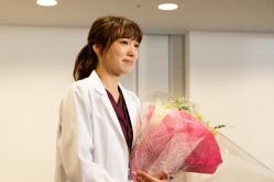 『飯豊まりえ、ドラマ『サイン』クランクアップ時には涙!』
