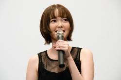 『橋本マナミ、濃厚キスシーンカットされる。監督「ぜひDVD特典映像で」』