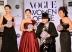 『「ヴォーグな女性たち」が個性的なドレスで美の競演』