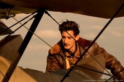 『ロマン・ガリ自伝映画『母との約束、250通の手紙』壮絶な空中戦も注目!』