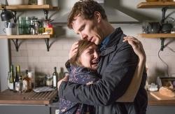 『ベネディクト・カンバーバッチが娘を失った父親を熱演、映画『チャイルド・イン・タイム』予告編』